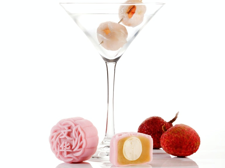 mooncake_Mini Snow Skin Lychee Martini and Chocolate Mooncake