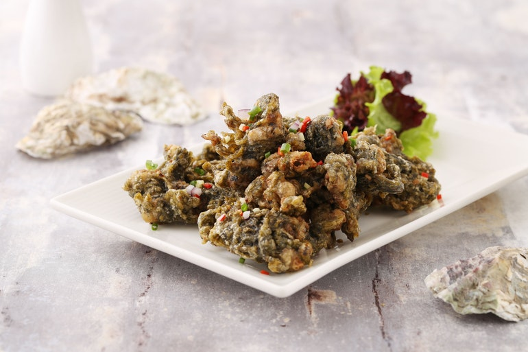 Deep-Fried Battered Oysters with Seaweed